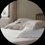 Кровати и постельное бельё